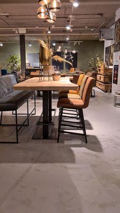 Zamunda tafel rond gemaakt van oud teakhout | RobuusteTafels.nl