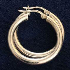 18kt White Gold Hoop Earrings 2.3 Grams Arezzo Italy #Hoop
