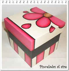 Pinceladas al aire: Cajas Ceramic Boxes, Wooden Boxes, Bright Painted Furniture, Clay Box, Newspaper Crafts, Pretty Box, Painted Boxes, Christmas Wood, Box Art