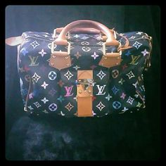 AUTHENTIC Louis Vuitton Monogram Bag 100% AUTHENTIC Louis Vuitton bag (HAS BEEN AUTHENTICATED BY POSH). Good Condition. DOES HAVE WEAR & GOOD PATINA ON LEATHER. Does show wear on hardware & has some scratches Inside has pen marks and slight wear ***No key or lock*** Although bag shows signs of wear its still a great collection piece! Please feel free to ask additional questions Louis Vuitton Bags