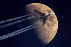 Fly me to the moon... by Kai Hormann, via 500px
