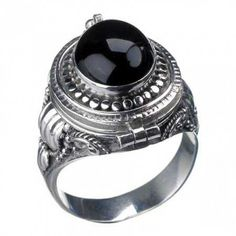 Poison Ring | I Want It Black