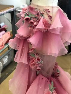 Ideas Dancing Design Lyrical Costumes For 2019 Couture Details, Fashion Details, Fashion Design, Couture Mode, Couture Fashion, High Fashion, Fashion Show, Fashion Outfits, Fashion Fashion