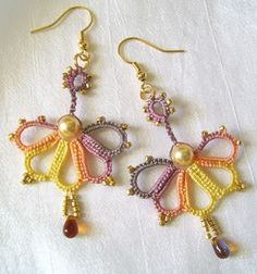 """Carnival"" earrings. Free pattern These are tatted...I may have to pick up a new hobby. :)"