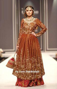 Pakistani Bridal Dresses, Bridal Lehenga, Indian Dresses, Indian Outfits, Bridal Gowns, Lehenga Color Combinations, Pakistan Bridal, Lehenga Designs, Indian Designer Wear