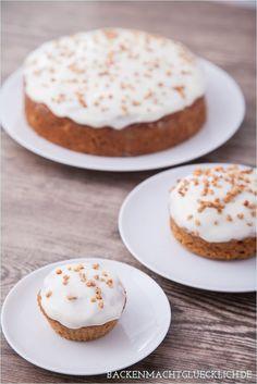 Backen macht glücklich | Fettarmer, genial saftiger Karottenkuchen ohne Nüsse | http://www.backenmachtgluecklich.de