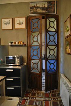 M s de 1000 ideas sobre vidrios de ventanas antiguas en for Decoracion con puertas antiguas