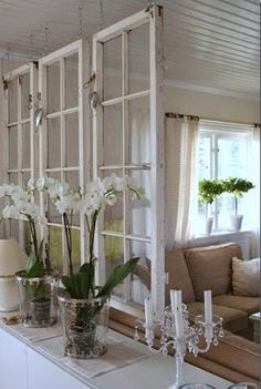 Old windows make a great room divider for a shabby chic decor! Old windows make a great room divider for a shabby chic decor! Style At Home, Old Window Frames, Old Window Ideas, Old Window Decor, Windows Decor, Old Window Headboard, Old Window Projects, Room Window, Decor With Old Windows