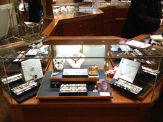 Becker's $3,000,0000 One Day Estate Jewelry Event - Columbus Day, Monday, October 8th from noon-8:30pm. Come see our $3,000,0000 Collection of Vintage, Antique and Contemporary Jewelry, featuring a special selection of Celebrity Estate Jewelry. Part of this fabulous collection is jewelry previously owned by some of the world's most famous celebrities, including earrings from the estate of Elizabeth Taylor!
