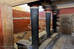 Crete - Heraklion - Knossos - in King Minos's throne room. Image courtesy of Travel Pictures Gallery W2C