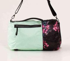 5 Gym Bag Beauty Essentials Do It Up Duffel by Lululemon