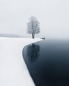 Tranquillity of nature. The first snow and a lonely tree in Järvenpää, Finland. Landscape Photography, Nature Photography, Photography Meme, Travel Photography, Photography Hashtags, Landscaping Images, Winter Scenery, Nature Photos, Nature Nature