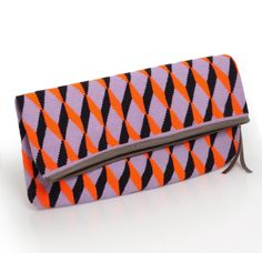 The perfect clutch for your weekend plans - New in Sophie Anderson http://www.donnaida.com/accessories/bags.html/