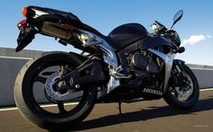 #Honda #CBR600