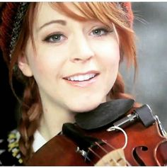 "(@phelba_stirlingite) på Instagram: ""After this break I have 2 more hours!  ~ #LindseyStirling ~ #Phelba ~ #Stirlingite ~ #Violin ~"""