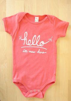 """<b>Los bebes se merecen algo mejor que un mameluco que diga """"amo los pechos"""".</b> Algo mucho, pero muchísimo mejor."""