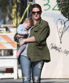 Drew Barrymore Opens Up About Her Post Partum Depression After Delivering Daughter, Frankie