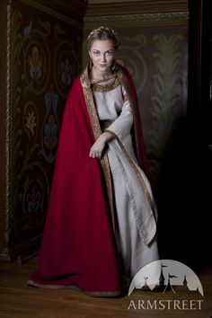Medieval Fairy Tale Natural Linen tunic and wool cloak set