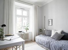 Enhance Your Senses With Luxury Home Decor Luxury Home Decor, Home Decor Trends, Decor Ideas, Luxury Interior Design, Interior Design Inspiration, Home Bedroom, Bedroom Decor, Bedrooms, Master Bedroom
