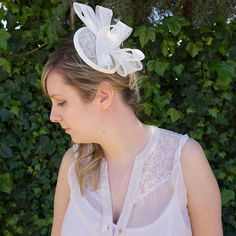 - Visit my etsyhop for Cream Fascinator, Brooch, Trending Outfits, Unique Jewelry, Handmade Gifts, Etsy, Vintage, Fashion, Kid Craft Gifts