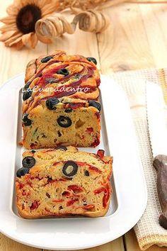 Dm=>Cake ai peperoni, olive e Pecorino Toscano - La Cuoca Dentro Antipasto, Biscuit Bread, Plum Cake, Salty Snacks, Salty Cake, Snacks Für Party, Foods To Eat, Savoury Cake, Relleno