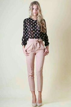 Women's Casual Outfit Ideas Collection lovely summer business casual outfits ideas for women 31 Women's Casual Outfit Ideas. Here is Women's Casual Outfit Ideas Collection for you. Women's Casual Outfit Ideas casual blazers styling ideas just tre. Summer Business Casual Outfits, Casual Work Outfits, Mode Outfits, Work Casual, Business Casual Womens Fashion, Business Attire For Women, Summer Work Outfits Office, Business Casual Outfits For Work, Casual Office Wear