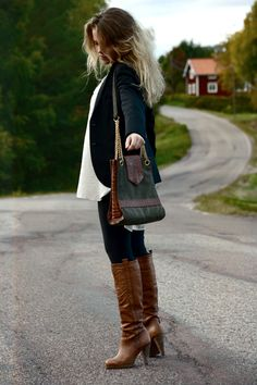 Brown boots for Autumn