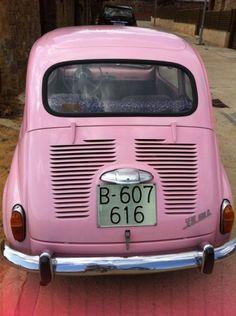 SEAT 600 600 D 1980 Fiat 600, Vw Bus, Vintage Pink, Vintage Cars, Wine Painting, Car Trailer, Alfa Romeo Cars, Retro Images, Pink Panthers
