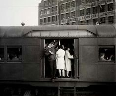 Red Rattler at Redfern Station, Sydney in 1965 Terra Australis, Abc Studios, Sydney City, As Time Goes By, Old Trains, Sydney Australia, Historical Photos, The Fresh, East Coast