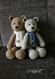 Cute teddy pattern.