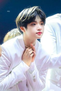 """My dongpyo is a son"" Korean Boys Ulzzang, Ulzzang Boy, Lee Dong Wook, Twitter Video, Dsp Media, Fandom, Survival, Kpop Boy, K Idols"