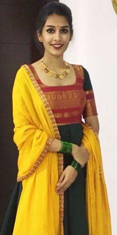 Best 11 Dress made out of saree – SkillOfKing.Com Best 11 Dress made out of saree – SkillOfKing.Com Salwar Designs, Half Saree Designs, Kurta Designs Women, Kurti Designs Party Wear, Saree Blouse Designs, Long Gown Dress, Sari Dress, The Dress, Long Dresses