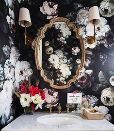 Bathroom wallpaper dark floral wallpapers 52 New ideas Dark Wallpaper, Bathroom Wallpaper, Flower Wallpaper, Luxury Wallpaper, Beautiful Wallpaper, Bathroom Sconces, Downstairs Bathroom, Bathrooms, Bohemian Bathroom