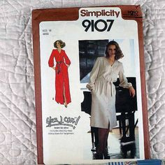 9107 SIMPLICITY Uncut PATTERN 1979 Women Front Button Dress V-Neckline Long Sleeves Button Cuffs Two Lengths Tie Belt Size 16 3-oz