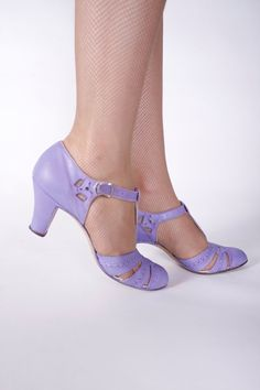 1930s Vintage Shoes Gorgeous Periwinkle Purple TStrap by FabGabs
