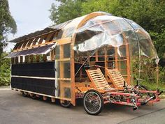 caravan This cargo bike, called the Solar, has eight wheels, two drivers and can be used to transport cargo or as a mobile home. (Nico Jungel, G. Kombi Motorhome, Camper Trailers, Campers, Glamping, Mobile Architecture, Architecture Portfolio, Velo Design, Velo Cargo, Kombi Home