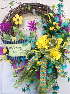 Garden Round Summer or Spring Grapevine Wreath by WilliamsFloral on Etsy https://www.etsy.com/listing/286324933/garden-round-summer-or-spring-grapevine