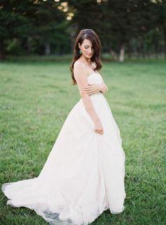 Texas bride: http://www.stylemepretty.com/2013/08/16/texas-bb-wedding-from-brett-heidebrecht/ | Photography: Brett Heidebrecht - http://brettheidebrecht.com/
