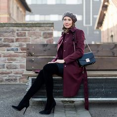 Blogpost Preview: Wearing Bordeaux  and Black Colors | soon on:  Mood For Style - Fashion, Food, Beauty & Lifestyleblog