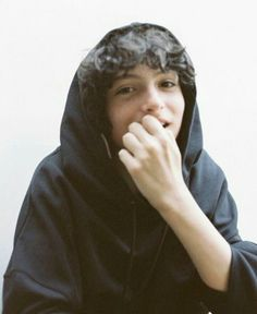 gambar finn wolfhard, stranger things, and it Jack & Finn, Finn Stranger Things, Film Anime, Le Clown, Millie Bobby Brown, Future Boyfriend, Beautiful Boys, Celebrity Crush, Pretty People