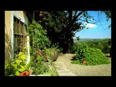 LA VILLA HOTEL - PIEDMONT - ITALIAN BOUTIQUE HOTEL - (Fine cuisine, Barolo, truffles and weddings.)