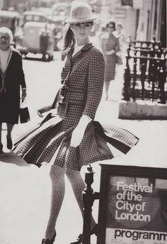 Jean Shrimpton in London
