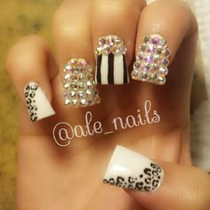 Bling Pinstripe 3D Nails