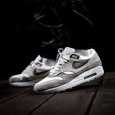 "huge selection of 0bf73 d12ee Sneakers76 on Instagram  ""NIKE AIR MAX 1 SE  sneakers76 store + online (  link in bio )  nike  air  airmax  airmax1  max1  se  nikesportswear  nike   premium…"