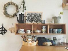 お気に入りの食器の見せる収納にも! 食器棚に納めなくても、ディスプレイ感覚できれいに飾れます♪