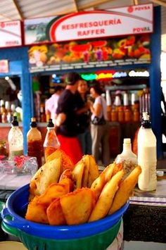 El Mercado de Conejeros en Porlamar, una parada obligada para degustar la gastronomía del estado Nueva Esparta en Venezuela