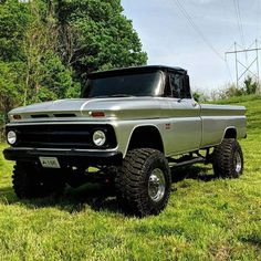 Chevy Enthusiast Pick this Trucks Model Year as their Top Favorite Chevy Pickup Trucks, Classic Chevy Trucks, Gm Trucks, Chevy Pickups, Jeep Truck, Chevrolet Trucks, Diesel Trucks, Chevy 4x4, Classic Cars
