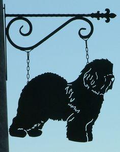 http://www.ferrofauna.com/Dogs/O/Old%20English%20Sheepdog/old%20english%20sheepdog%20sign.JPG