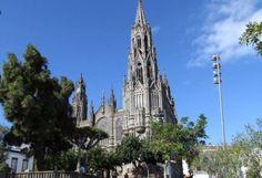 """Catedral"" de Arucas"