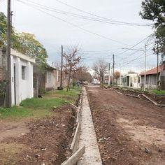 #Pergamino #ObrasPúblicas > Cordón cuneta, bocacalles y badenes para  Barrio Ameghino  F. Blanco e/ Neuquén y Almafuerte Calle C. Silva e/ Av. Paraguay y F. Blanco